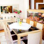 Аквариум разделяющий пространство для ресторана в Молдове